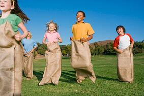 Five_kids_in_a_potato_sack_race